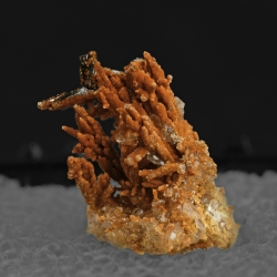 Vanadinite, 2 x 1.8 x 1.3 cm