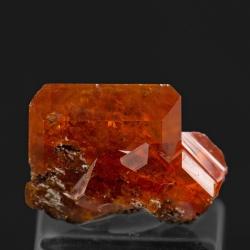 Wulfenite, 1.3 x 0.8 x 0.4 cm