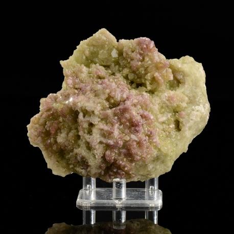 Vesuvianite,  11.4 x 9.5 x 5 cm.