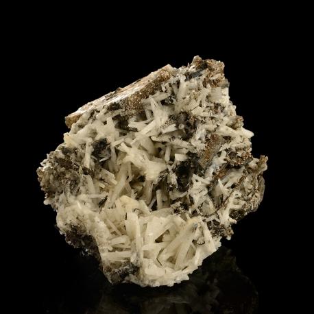 Natrolite,  12 x 11 x 9 cm.