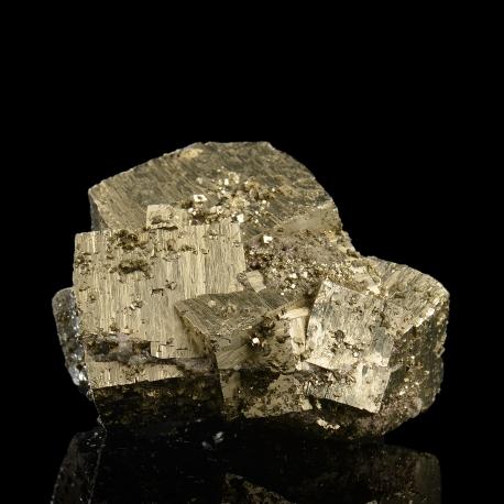 Arsenopyrite,  5.2 x 4.6 x 4 cm.