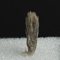 Elpidite, 4.3 x 1 x 1 cm.
