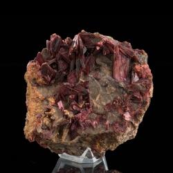 Erythrite, 7.5 x 7 x 5