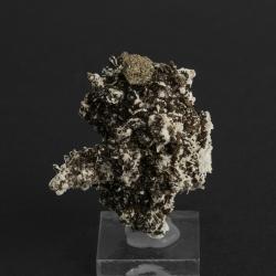 Bastnäsite-(Ce),Pyrite ps Donnayite-(Y), 5.5 x 4.3 x 3.5 cm.