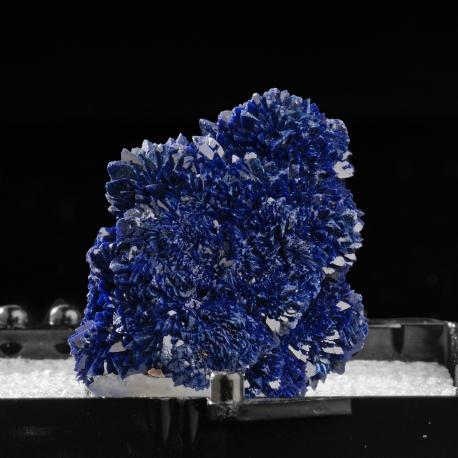 Azurite, 4 x 3 x 2 cm.