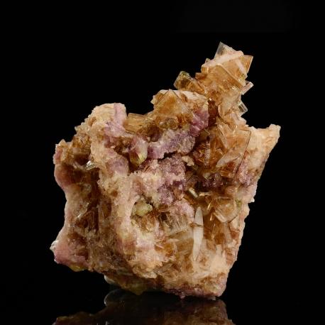 Diopside,  5.5 x 4.5 x 3 cm.