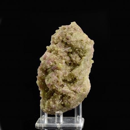 Vesuvianite,  10 x 5.5 x 5 cm.