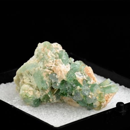 Elbaite,  4.2 x 3.4 x 2.5 cm.