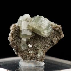 Fluorapatite, 3.5 x 3 x 2 cm.