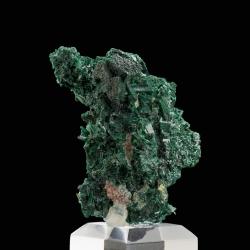 Malachite, 4.8 x 3.4 x 3.4 cm.