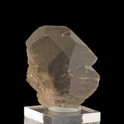 Quartz, 4.7 x 4 x 1.8 cm.