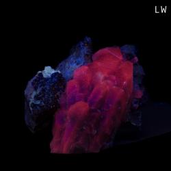 Calcite, 16 x 10.5 x 8.5 cm.