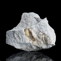 Weloganite,  9 x 8 x 7 cm.