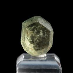 Fluorapatite,  1.5 x 1.5 x 1.2 cm.