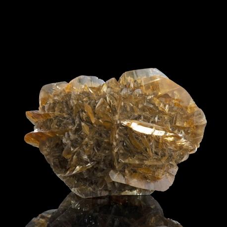 Gypsum,  8 x 6 x 5 cm.