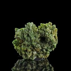 Pyromorphite,  3.1 x 2.6 x 2 cm.