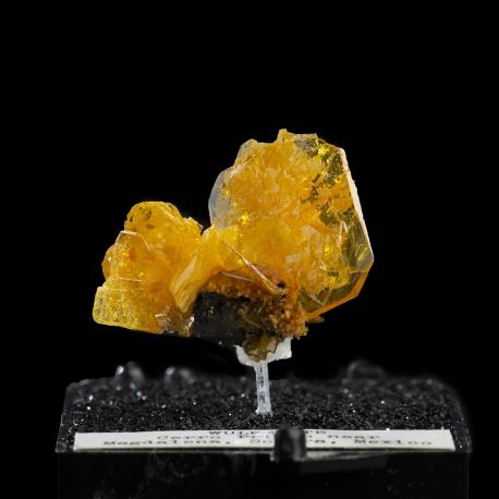 Wulfenite,  2.5 x 1.8 x 1.3 cm.