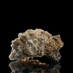Catapleiite,  5 x 3 x 3 cm.