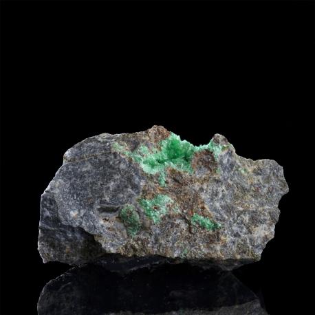 Annabergite,  5.5 x 3 x 2.5 cm.