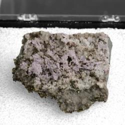 Calcite, 4.3 x 3.5 x 2 cm.